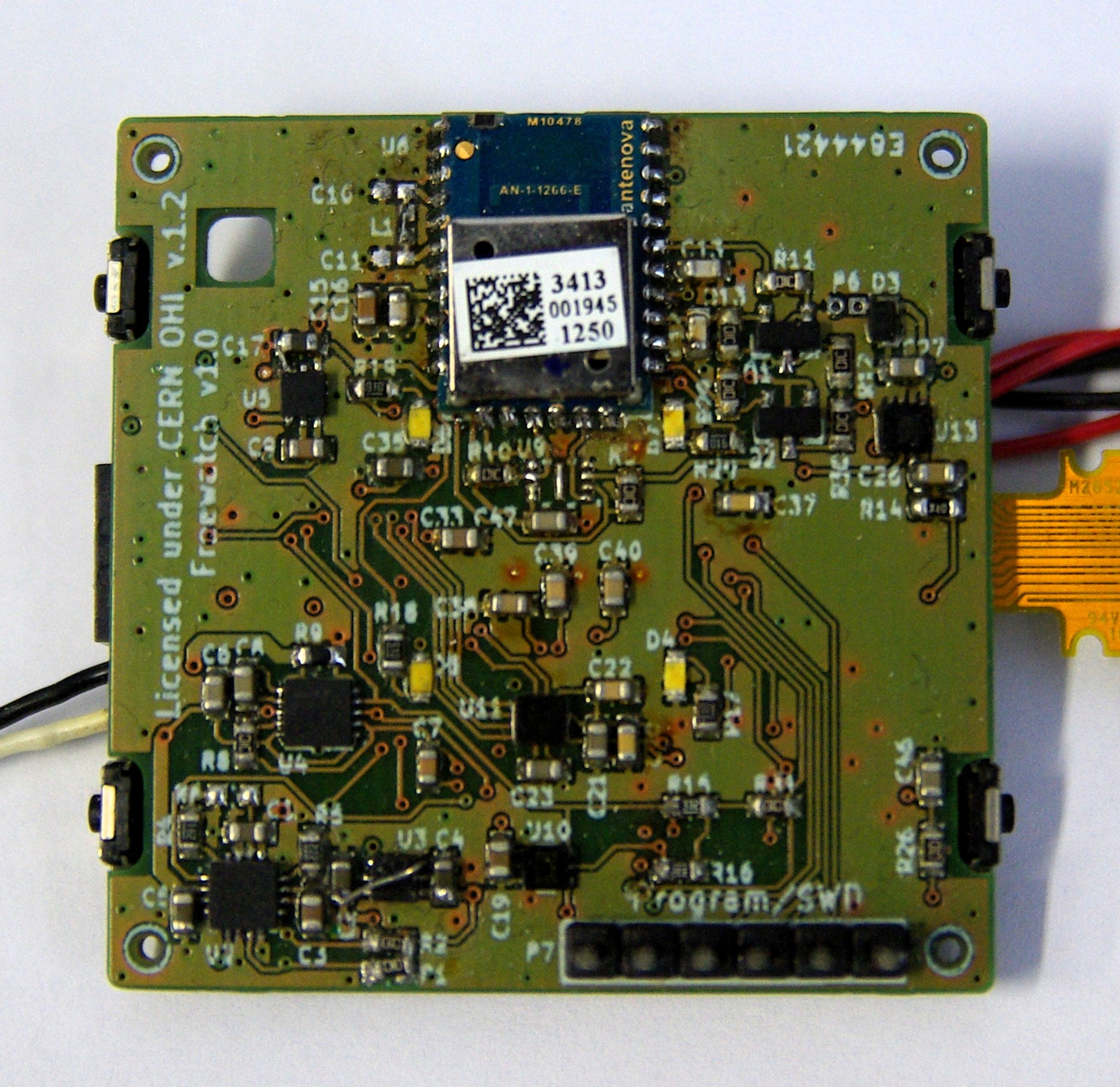 doc/fosdem2015/pictures/pcb_mounted_top.jpg